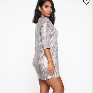 Nwt fashion nova t shirt dress
